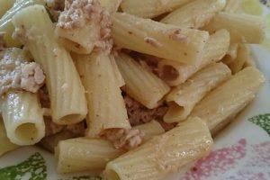 Le ricette di Ramy ✾ ✿ ❀ ❁ tortiglioni tonno bottarga e rosmarino
