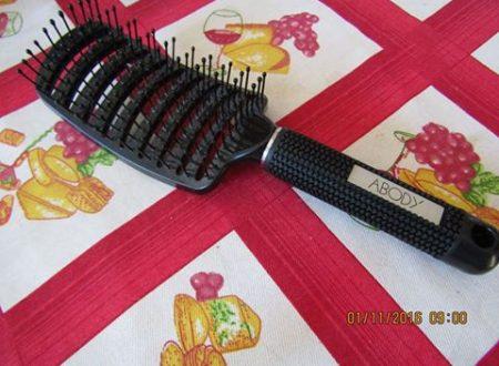 una spazzola perfetta per chi ha i capelli molto folti