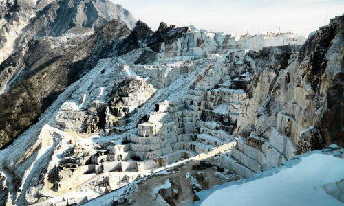 Inaspettata leggerezza evento 02.06.18 Moda e Marmo a Carrara