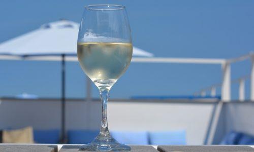 Chardonnay Tacoli asquini un vino perfetto per le cene romantiche